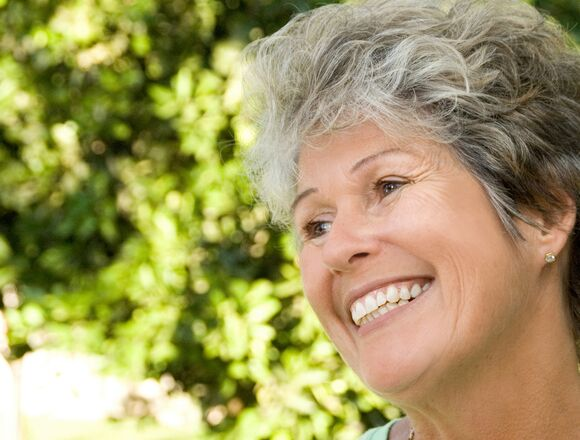 Arlington WA Dentist | Optimal Gum Health for Seniors